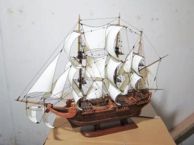 miniatur kapal klasik