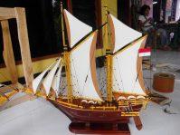 miniatur kapal pinisi murah